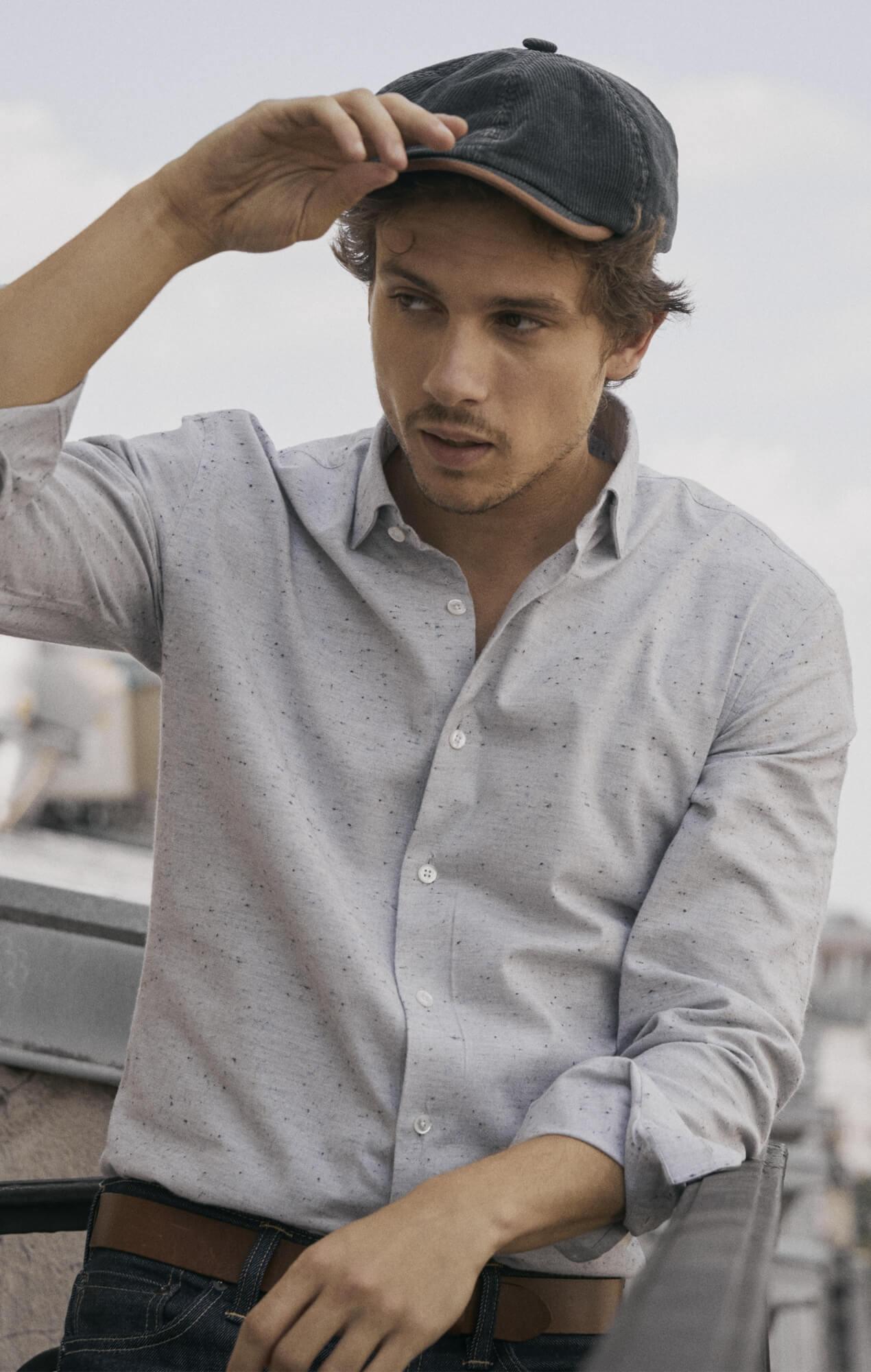 Grey shirt with micro dots